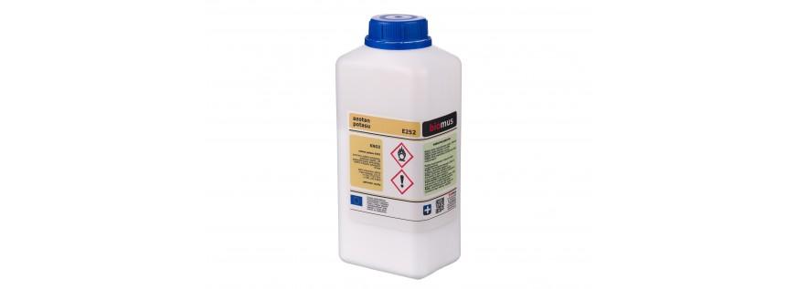 Potassium nitrate. Potassium saltpeter