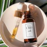 Olej CBD - terapeutyczne działanie ekstraktu z konopii
